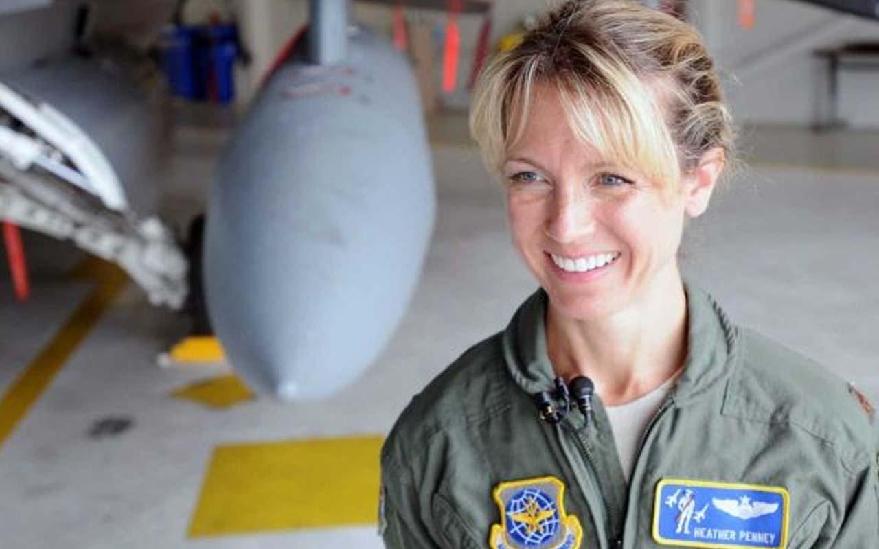 Maj. Heather Penney, F-16 fighter pilot jet