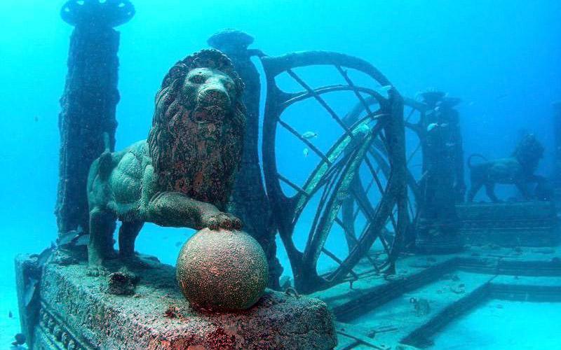 Neptune Memorial Reef (Key Biscayne, Florida)