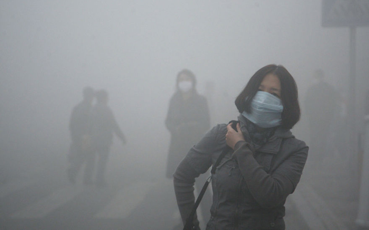 Smog, woman, walking, pollution