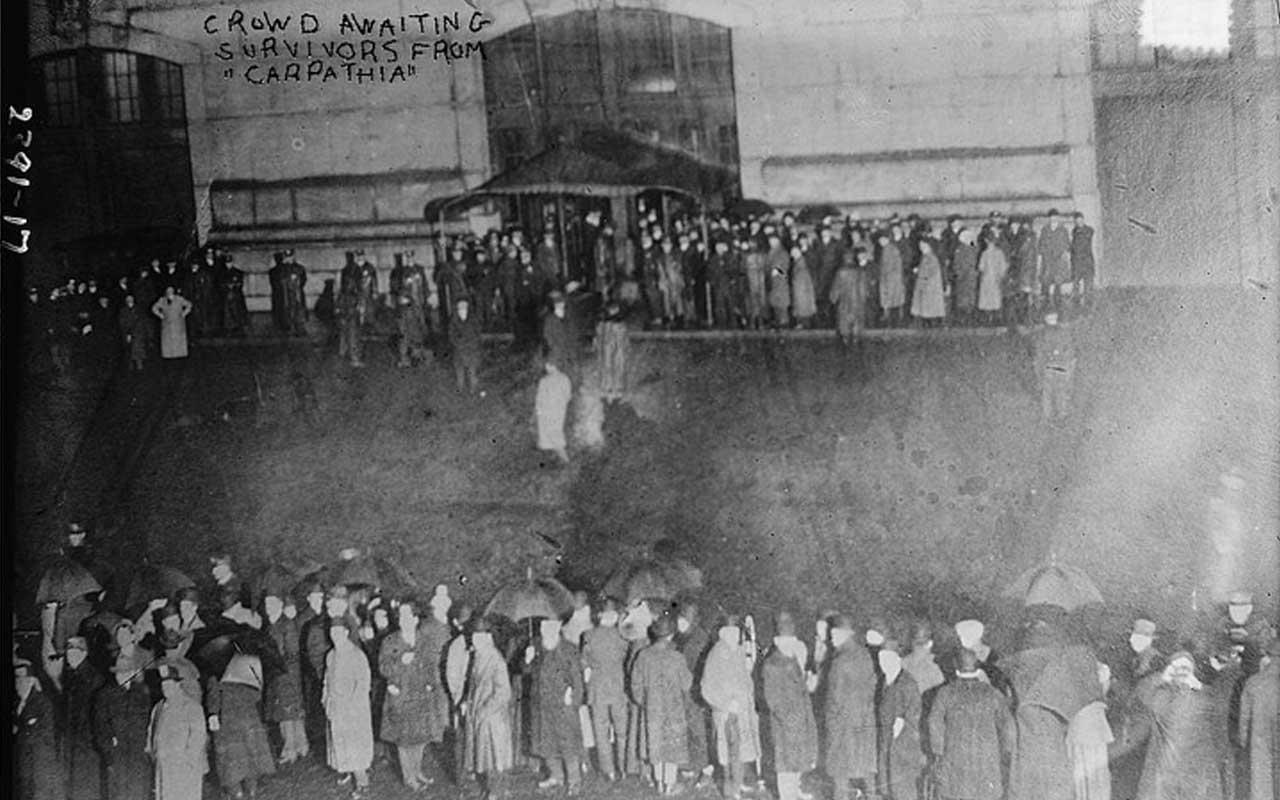 Carpathia, crowd, gathering, Titanic