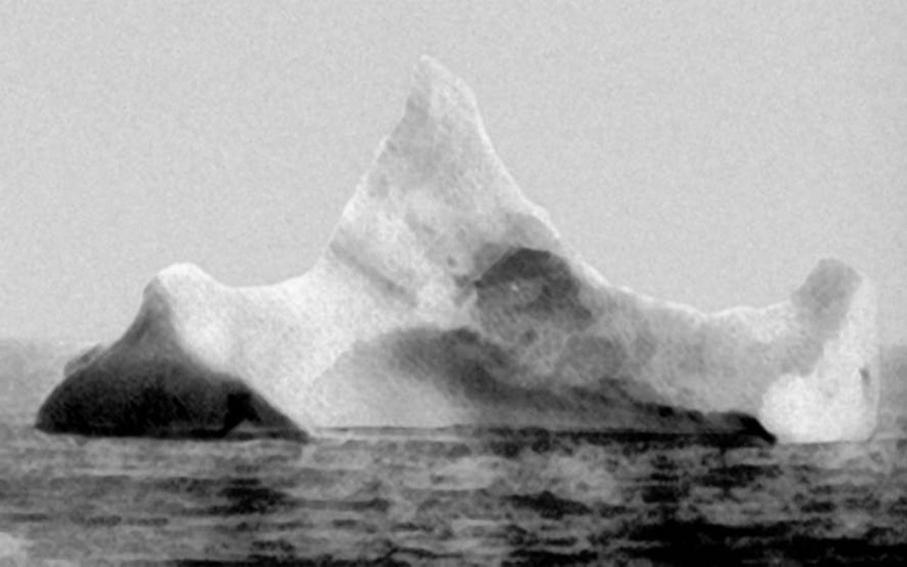 Titanic iceberg, Pacific Ocean