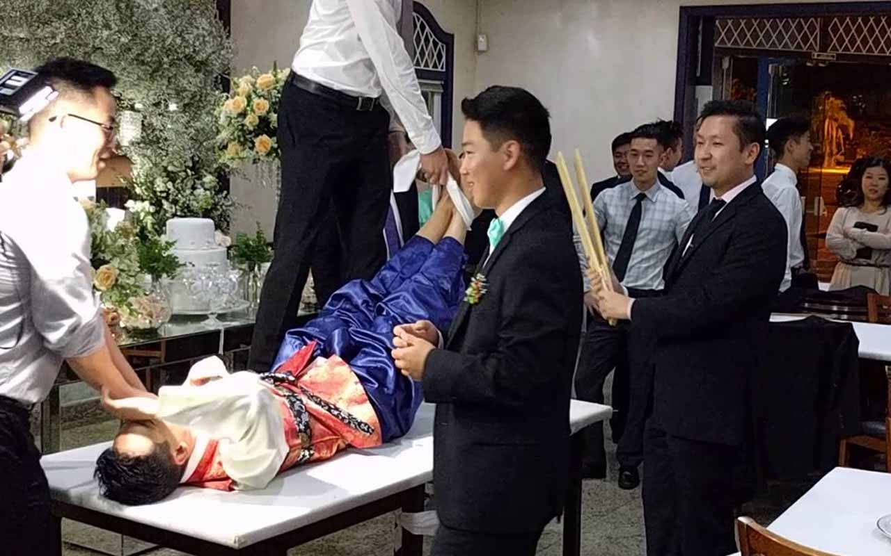 Beating of the groom's feet, South Korea