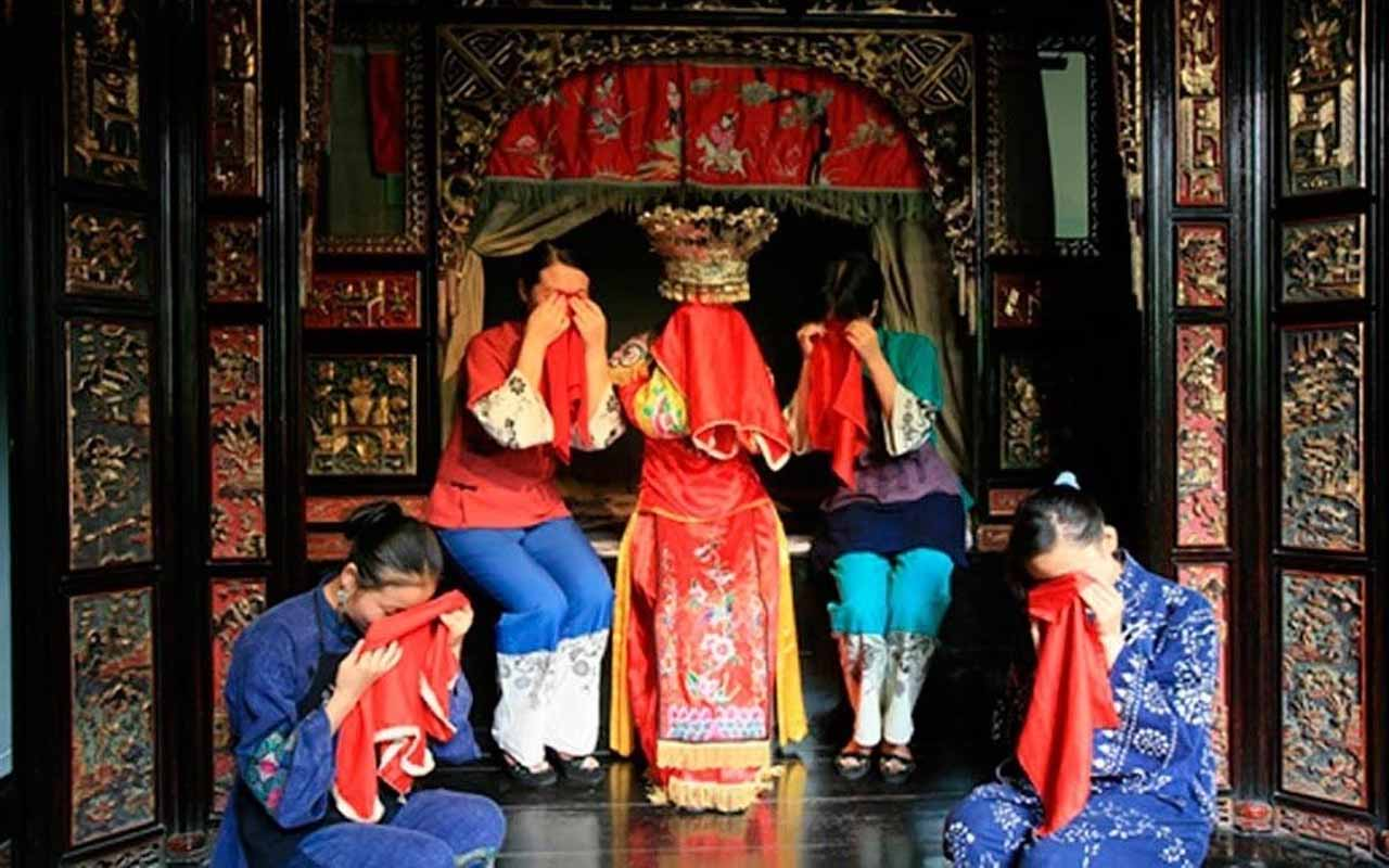 Crying Ritual of the Tujia People | China