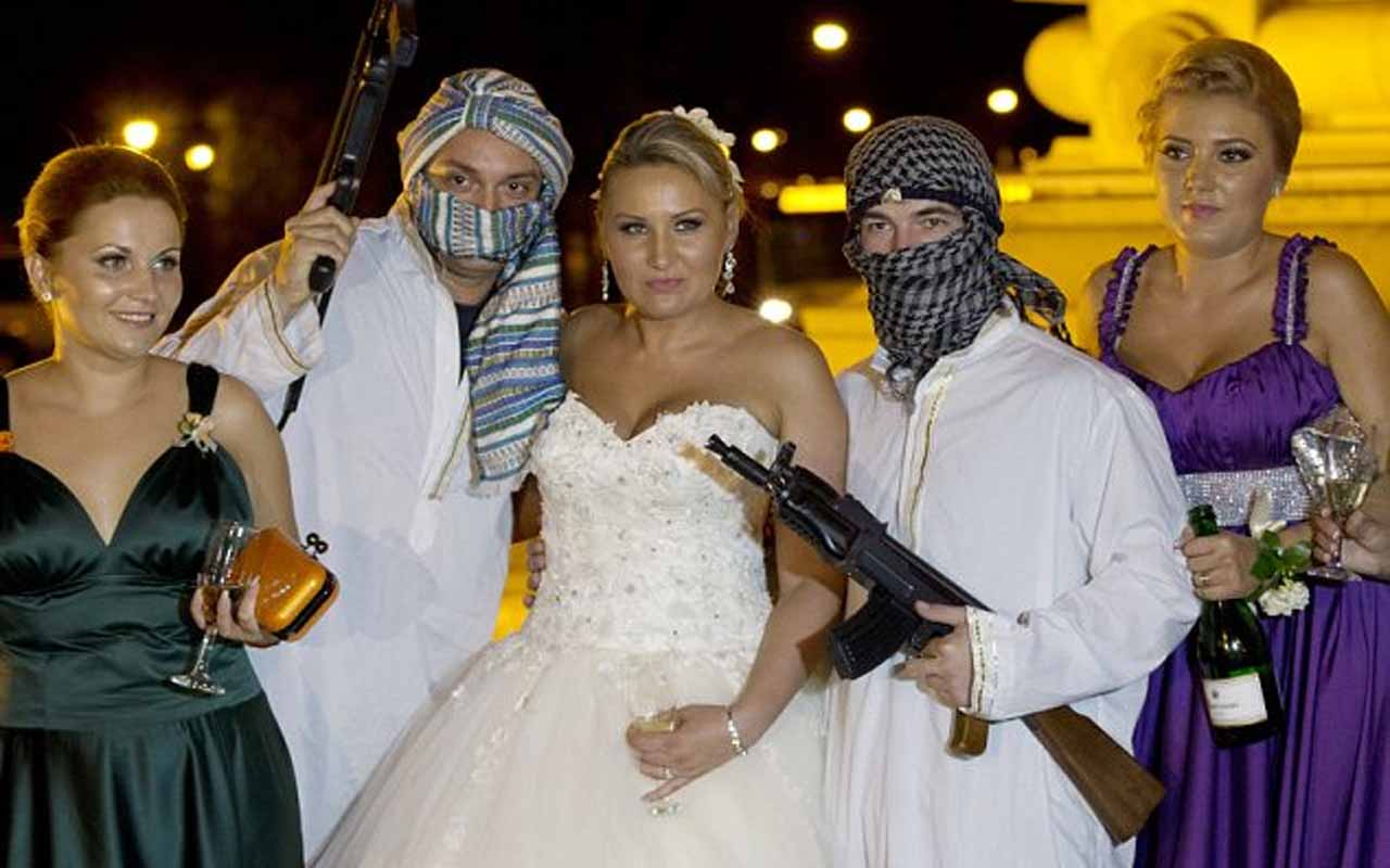 Ransoming the bride, Romania