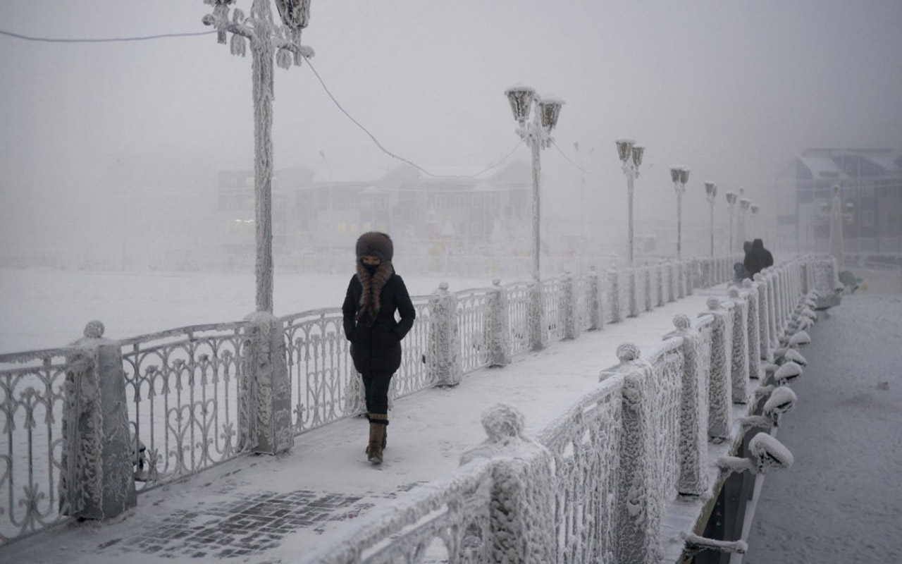 """I was wearing thin trousers when I first stepped outside into minus 47 C,"""" Chapple said. """"I remember feeling like the cold was physically gripping my legs, the other surprise was that occasionally my saliva would freeze into needles that would prick my lips."""""""