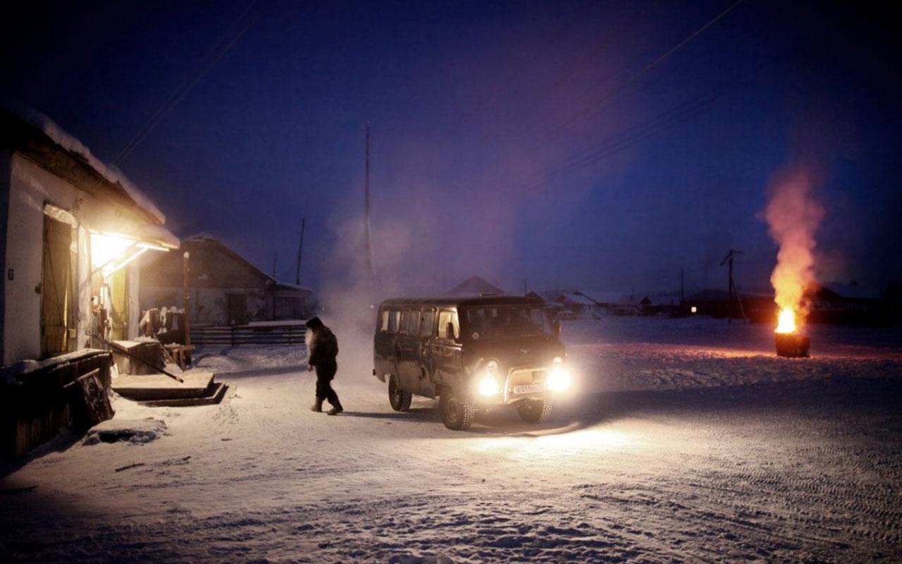 Amos Chapple, car, truck, van, people, drive