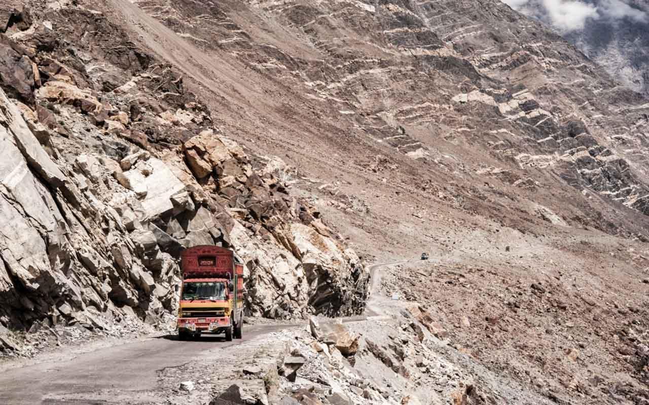 Karakoram Highway, Pakistan — China
