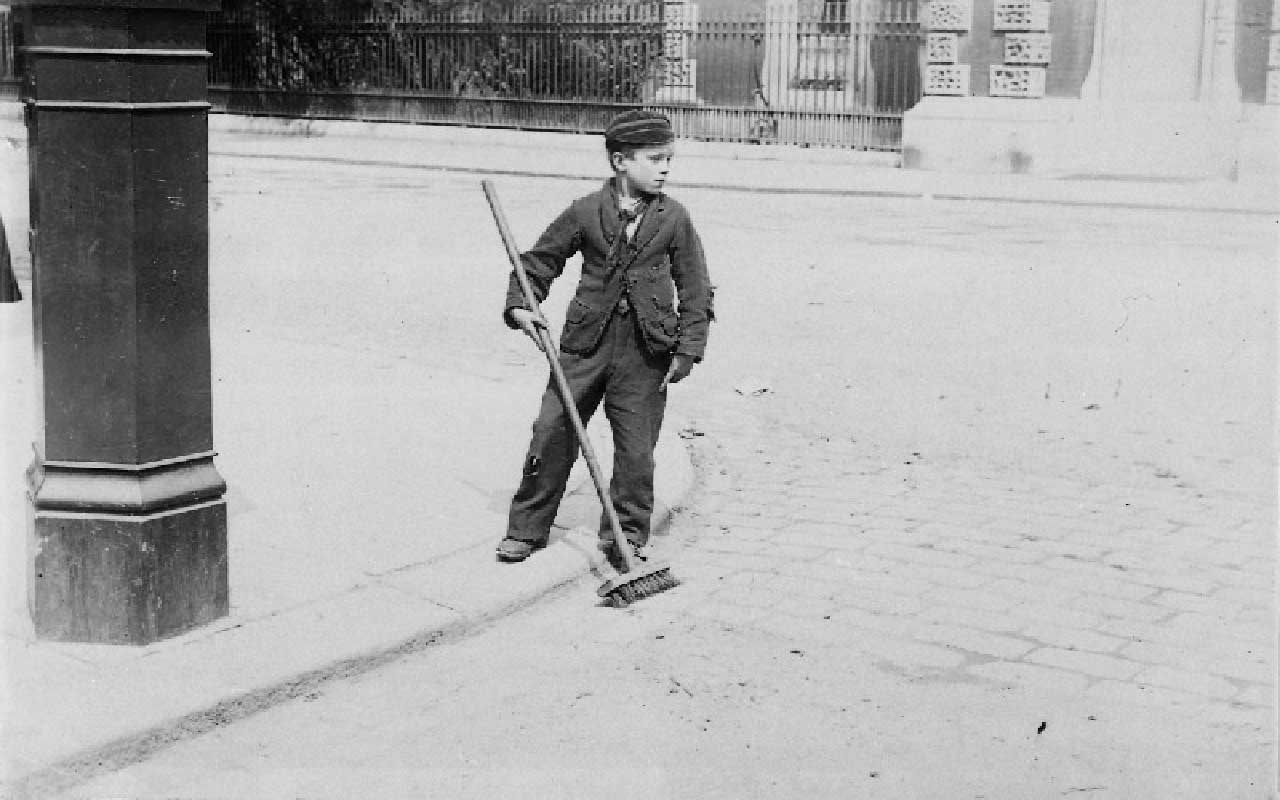 Crossing sweepers, children, UK, fact, facts, The National Archives UK