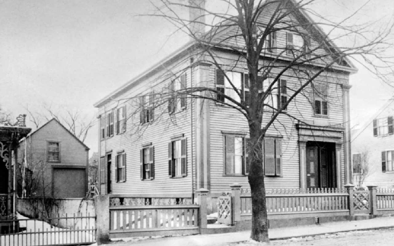 Lizzie Borden Bed and Breakfast Museum | Fall River, Massachusetts