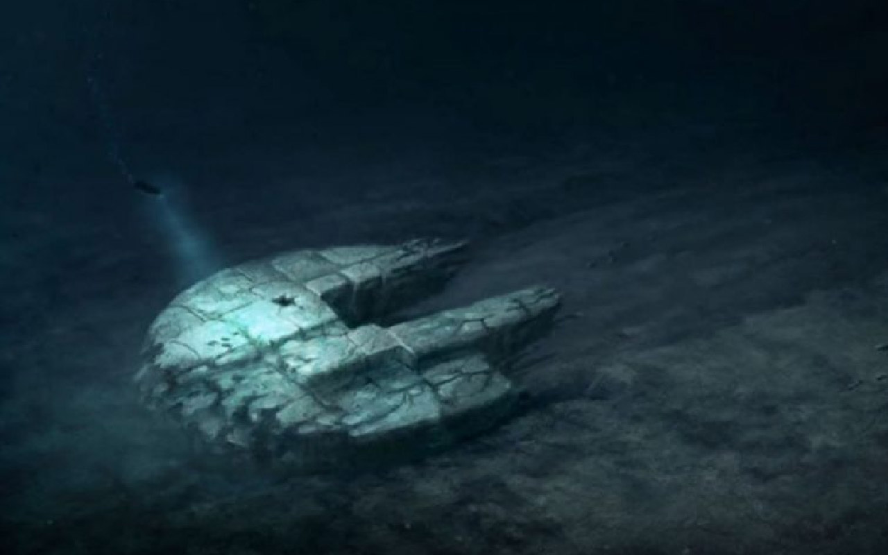 Sea disk shaped like the Millennium Falcon discovered in the Baltic Sea