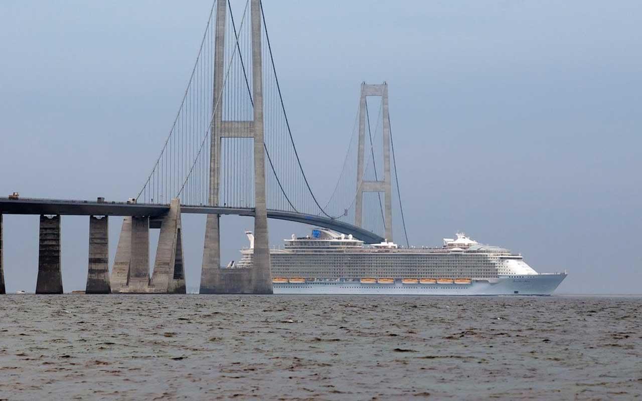 Cruise, ship, travel