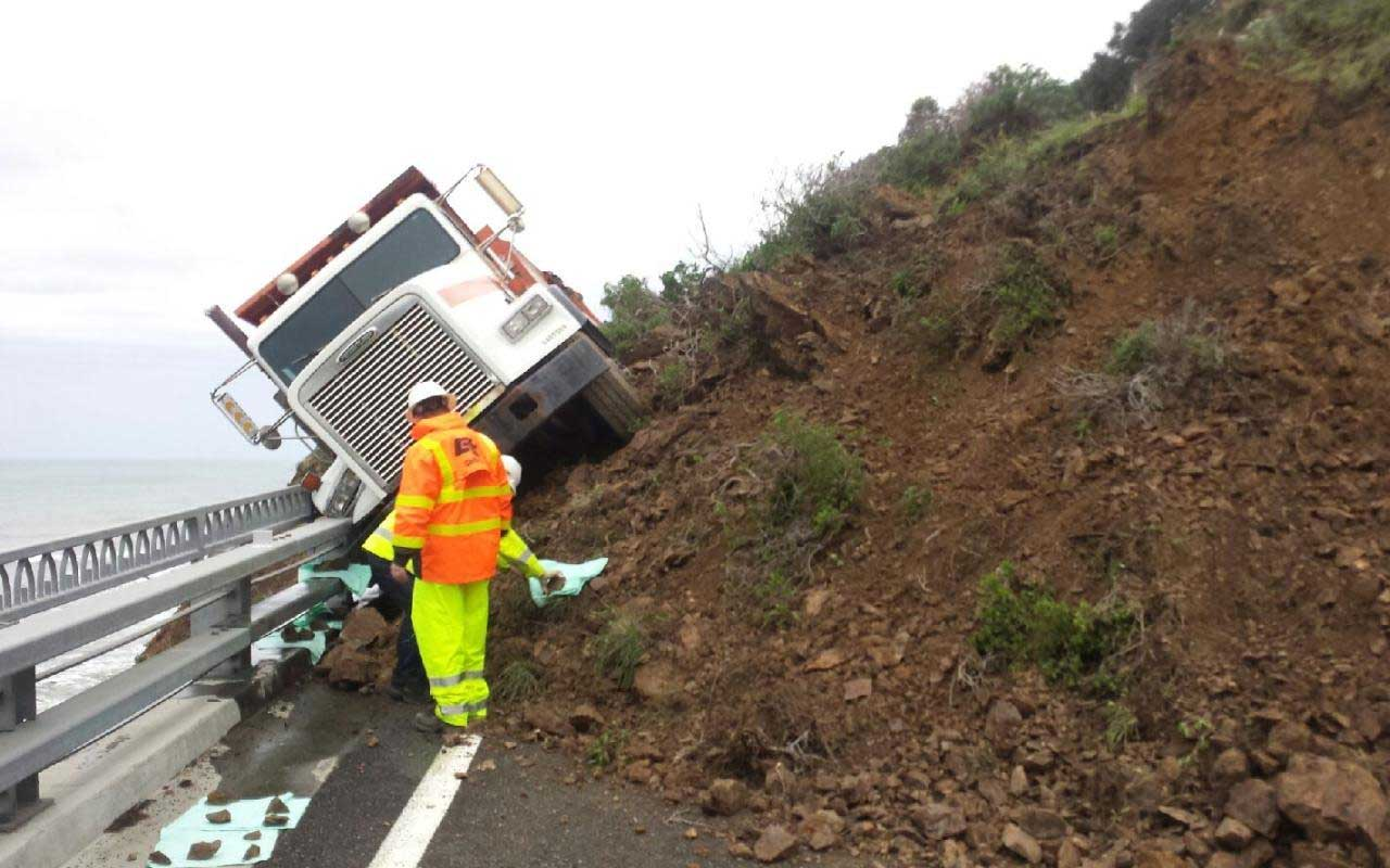 Mudslide almost pushes Caltrans truck driver to the Pacific Ocean