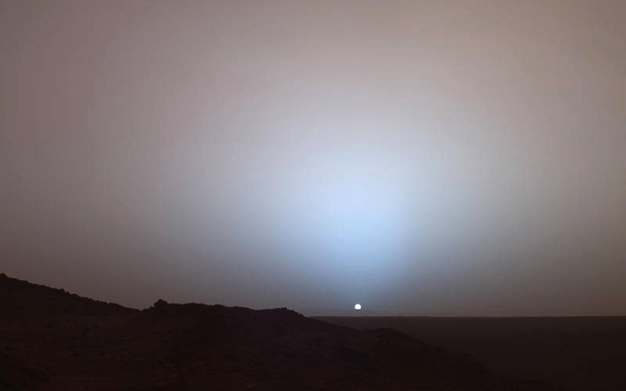 The Sun Setting On Mars 2005