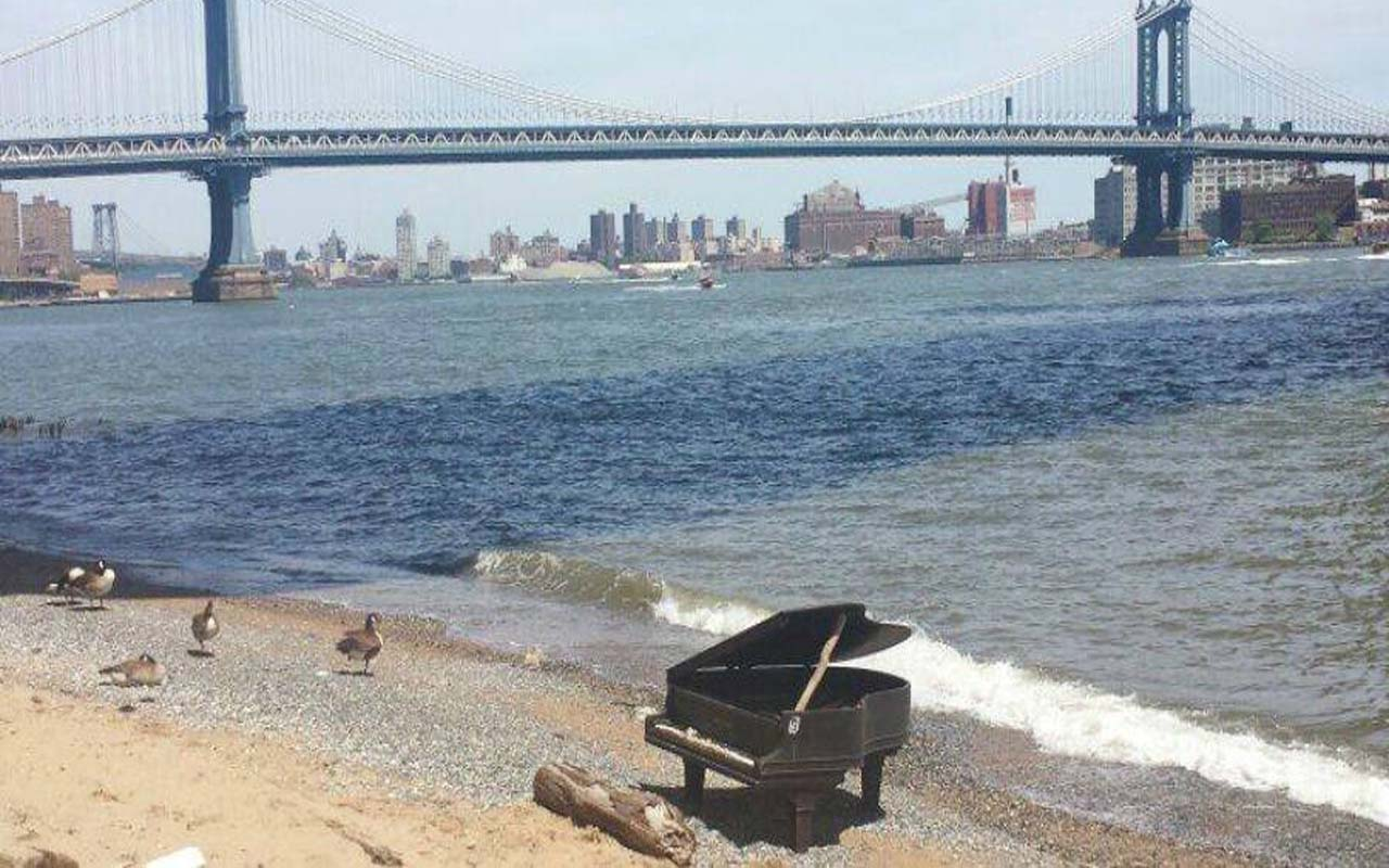 Piano washed ashore