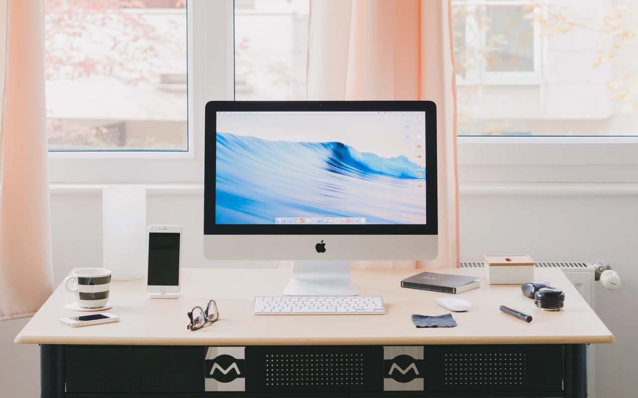 Apple, logo, symbol, fact, facts, Alan Turing, Steve Jobs