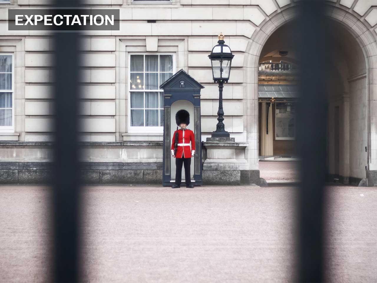 People love watching Buckingham Palace's guards change.