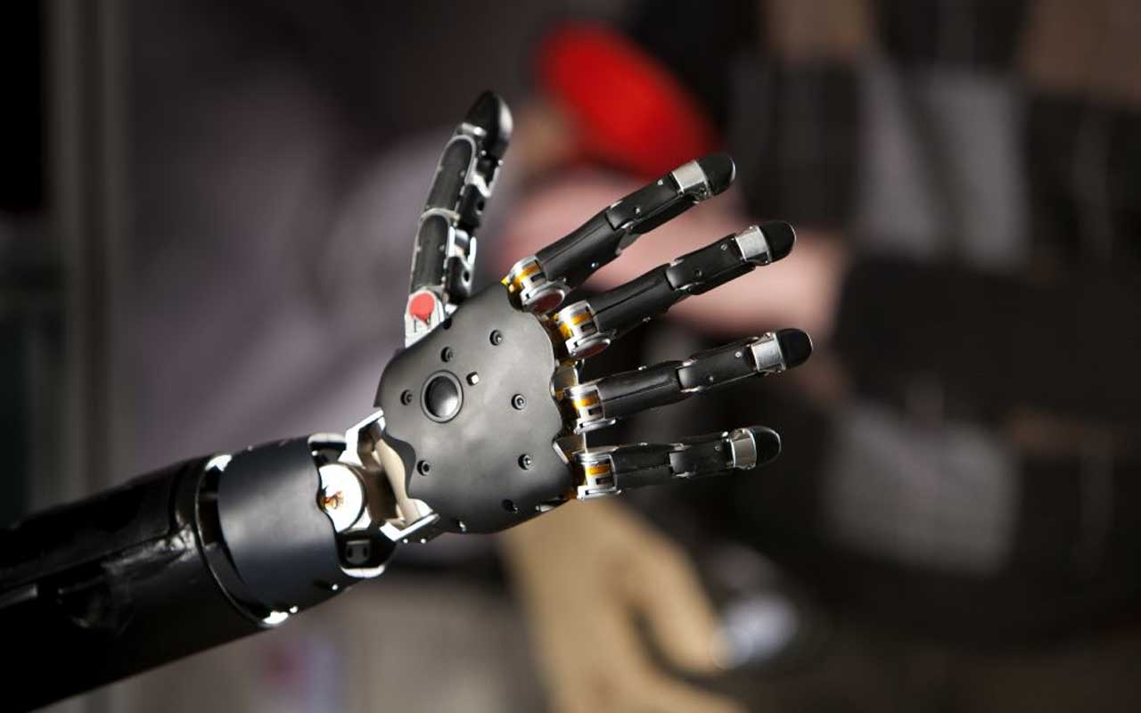 Automated hand, robotic hand controlled by the brain