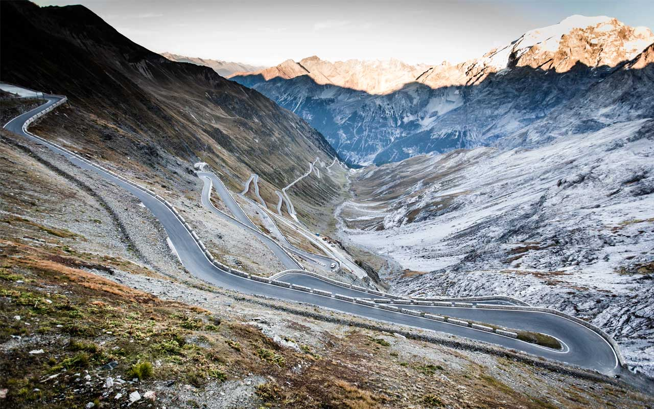 The Stelvio Pass in Italy, roads, facts