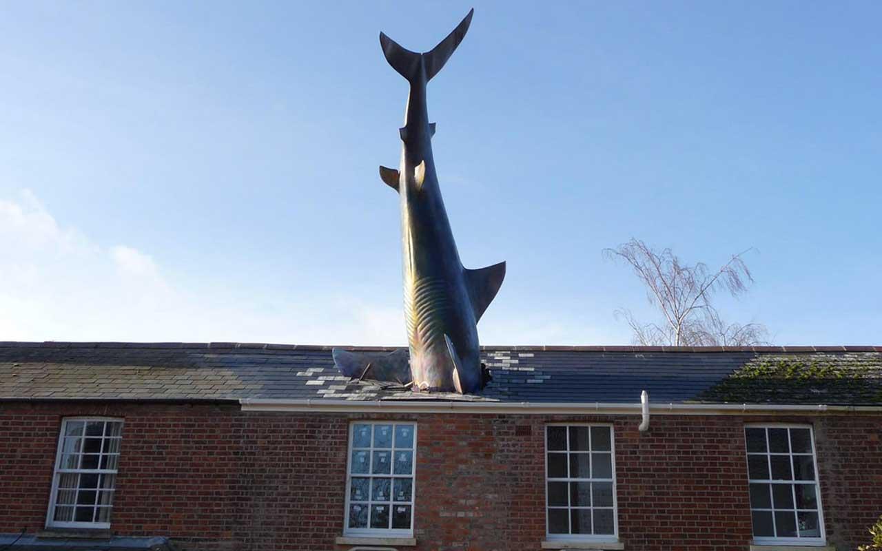The Headington Shark, Britain, Nagasaki, reminder