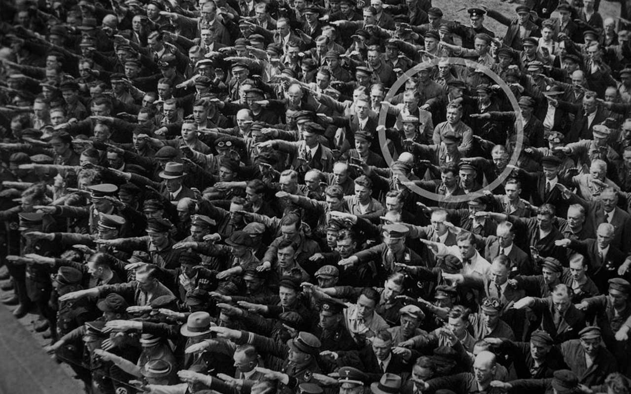 August Landmesser, salute, Germany, facts, life, captivating