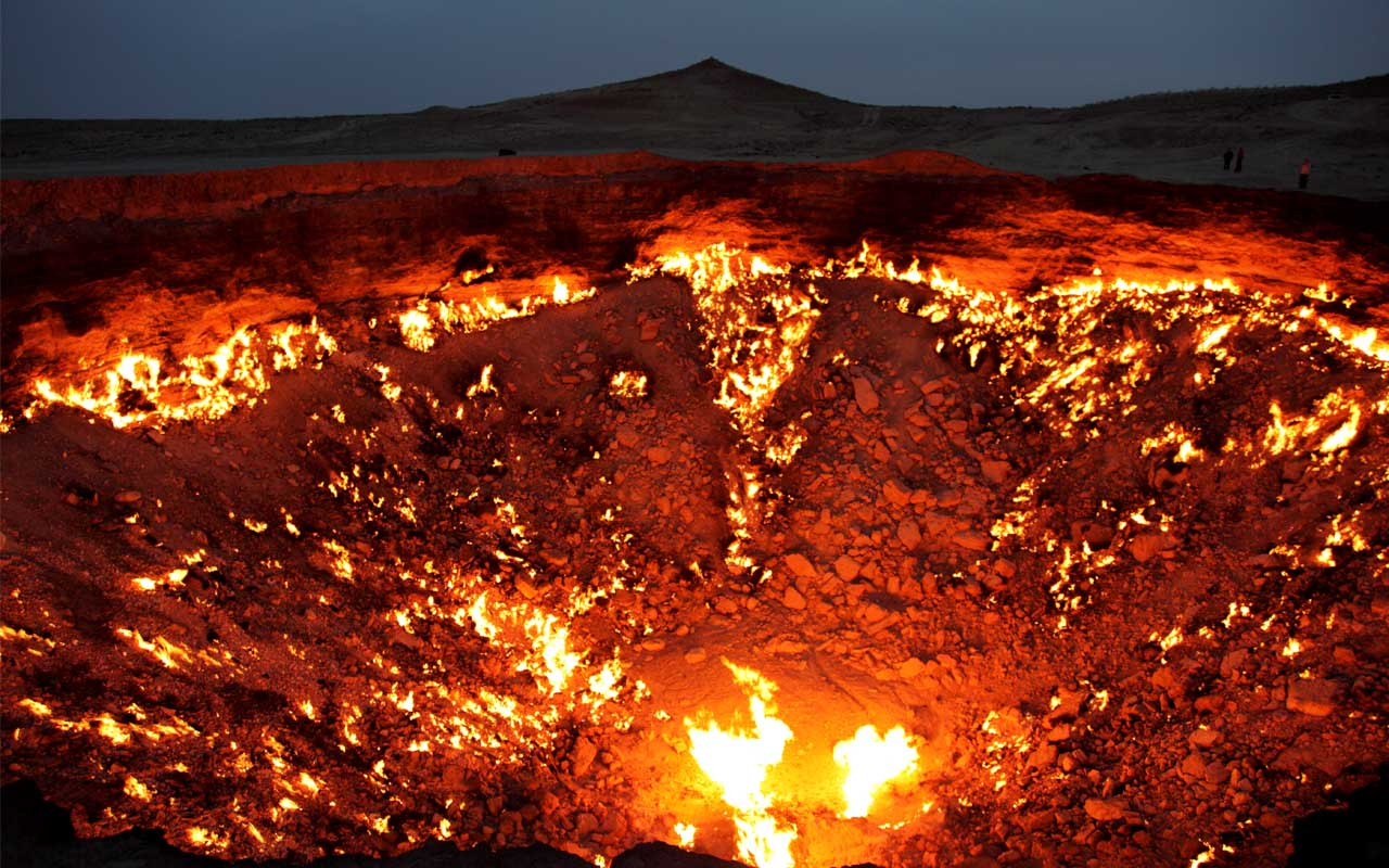 crater, Turkmenistan, life, facts, burning