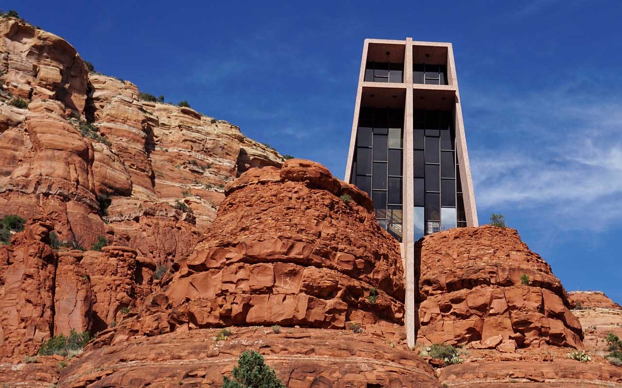Chapel of the Holy Cross, desert, life, facts, existed