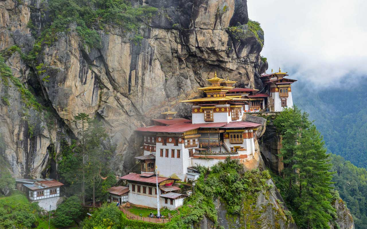 Taktsang Monastery, travel, facts, life, people