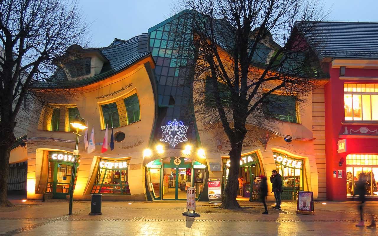 Krzywy Domek, Poland, landscape, architecture, facts