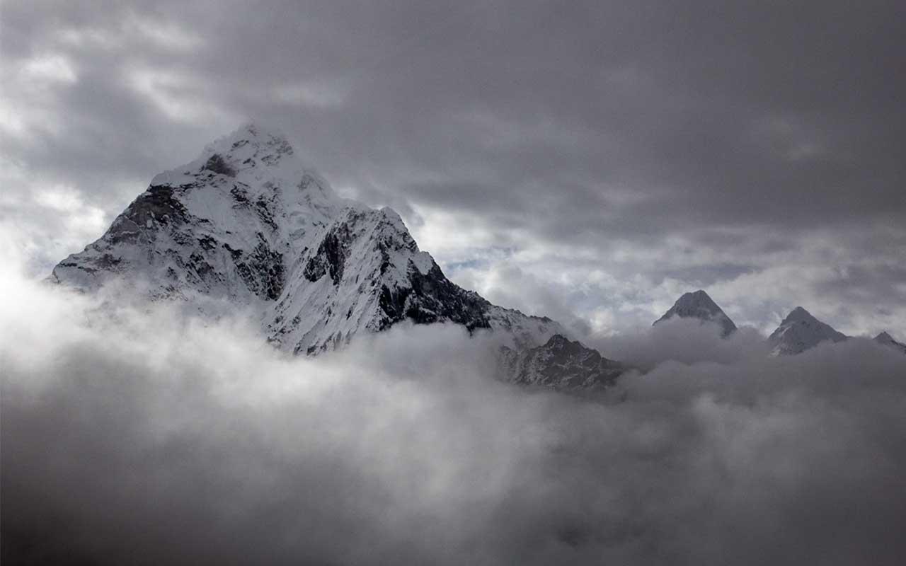 Mt Everest, Nepal, Himalayas, Hawaii, facts