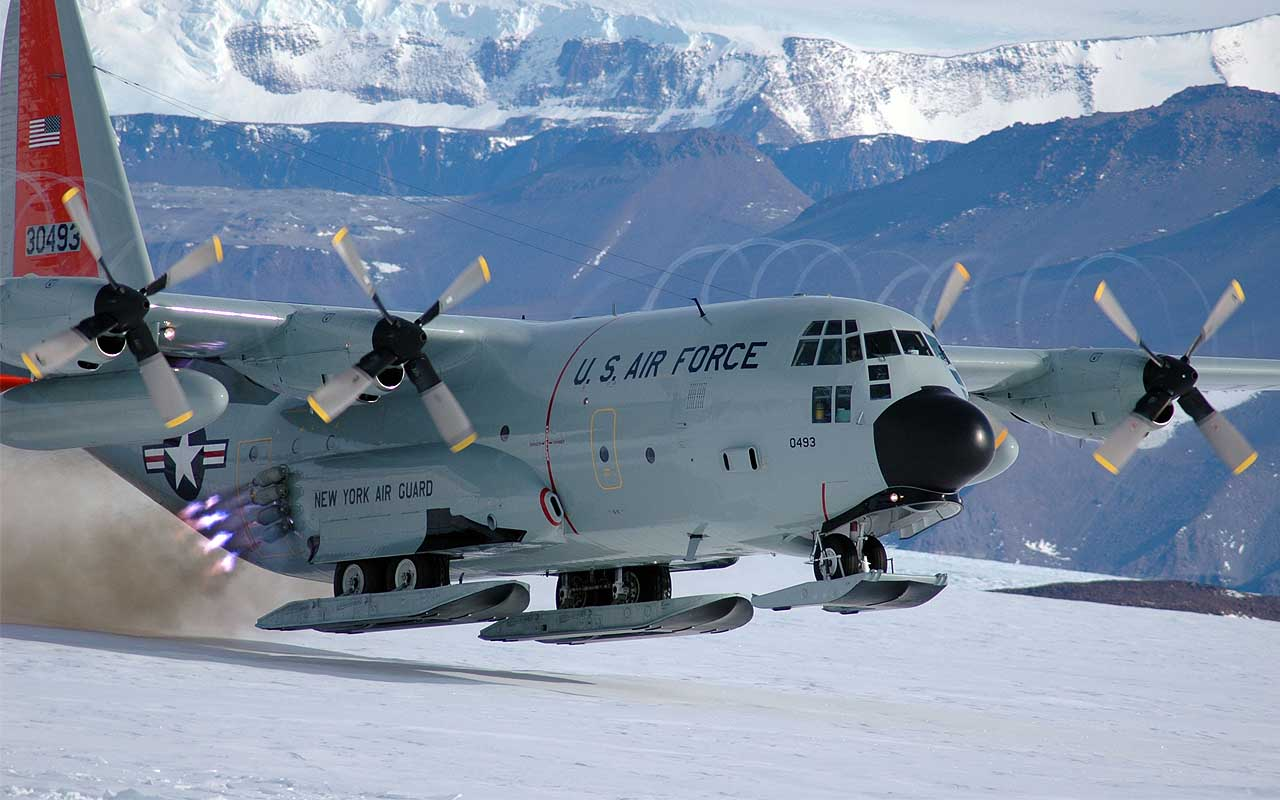 McMurdo Air Station, Antarctica, travel, airports, life, people