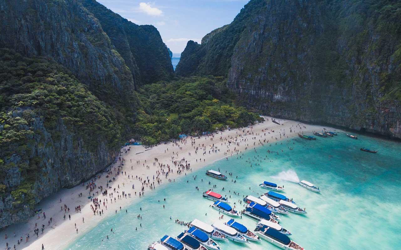 Maya bay, Phi Phi Islands, Phuket, Thailand, travel, tourist
