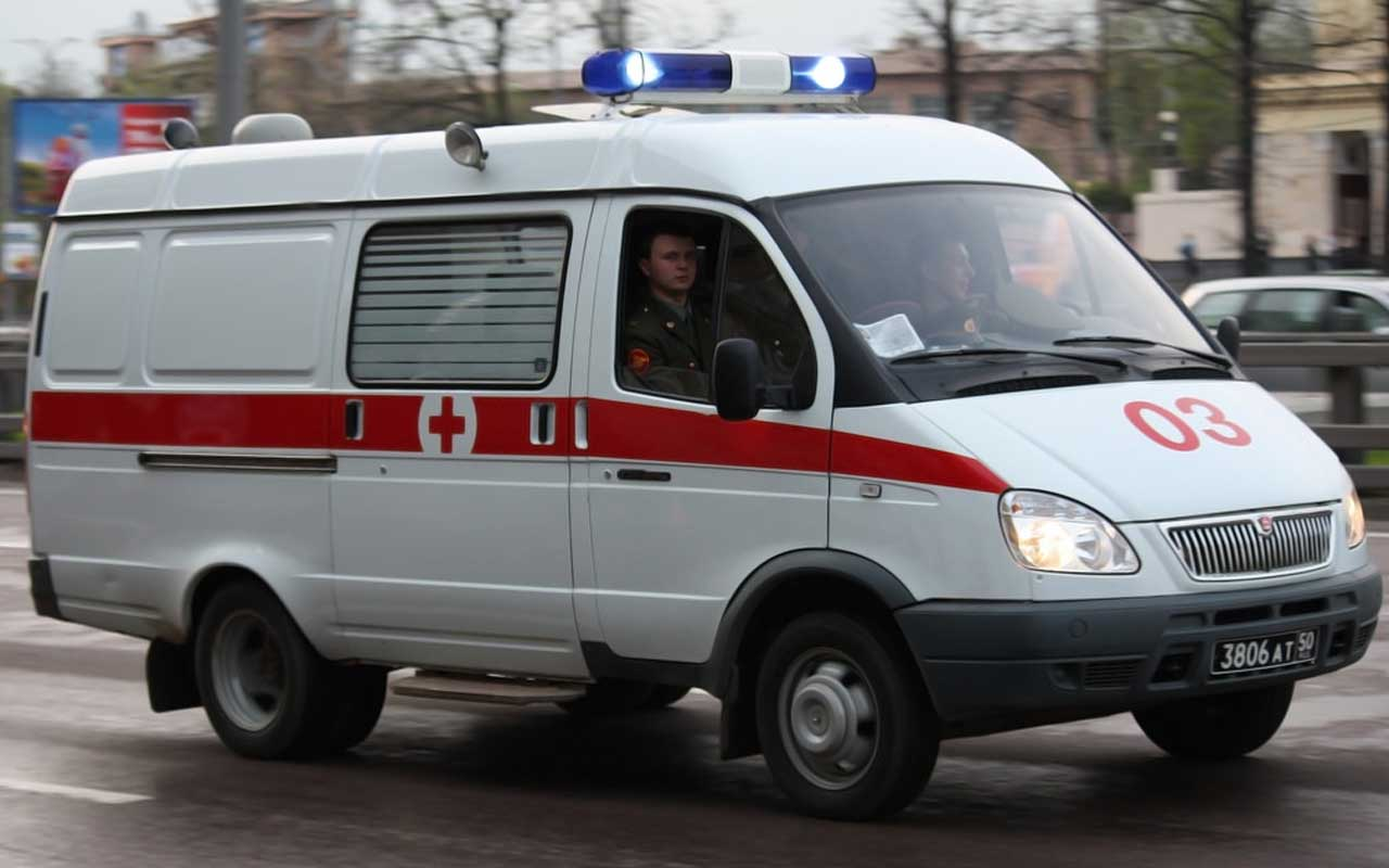 Russia, ambulance, facts, life, people, weird, privileged