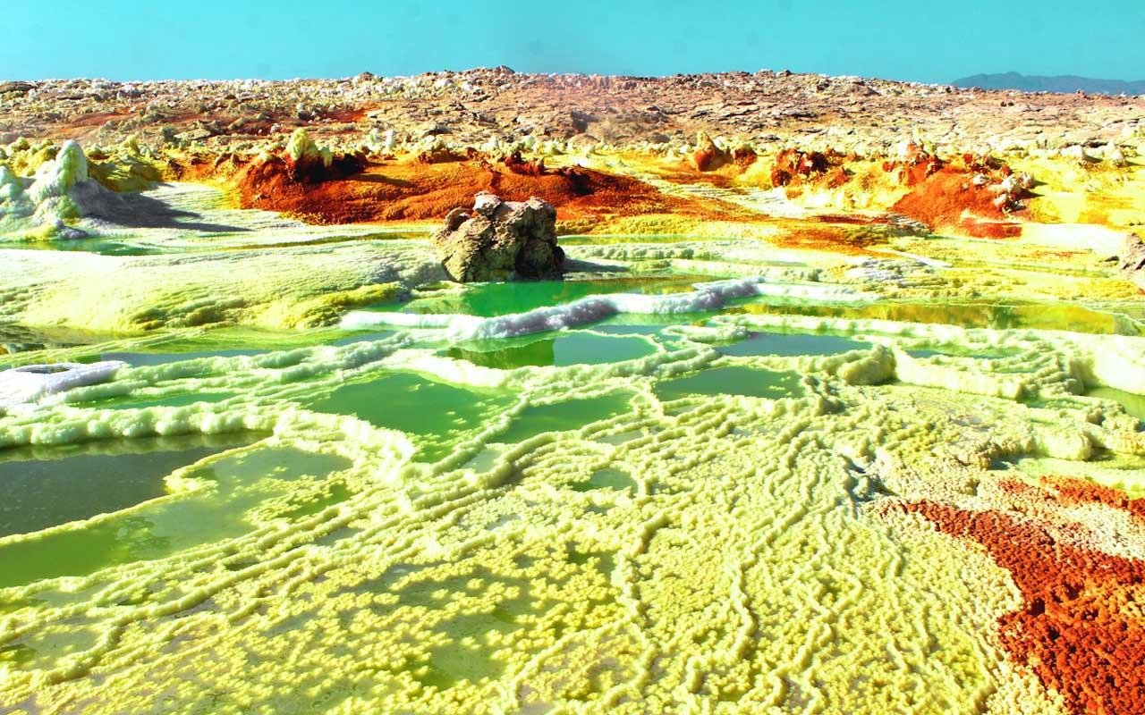 Danakil Desert, Ethiopia, salt flats, people, life, facts, uninhabited