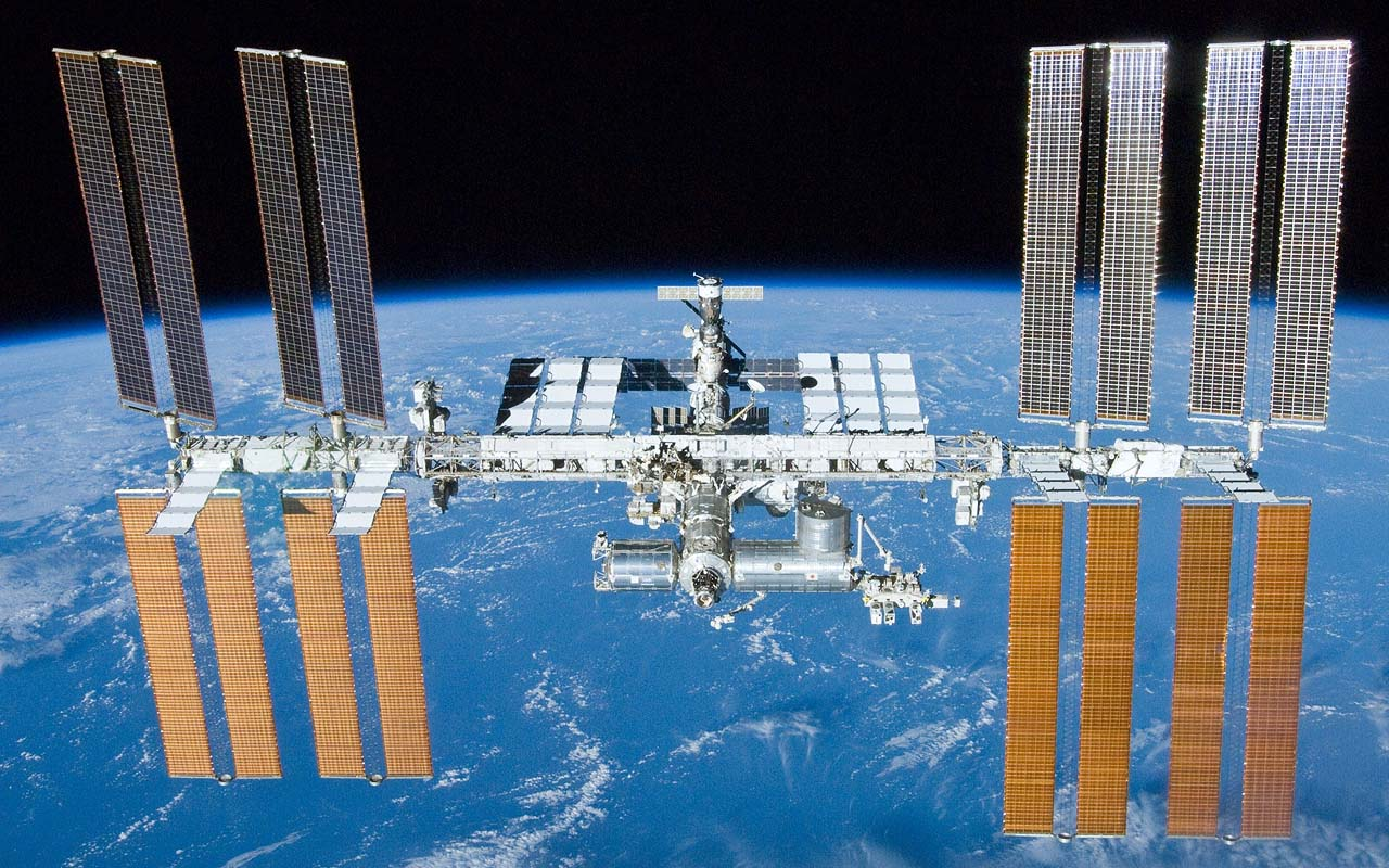 NASA, Crew of STS-132, ISS, International Space Station, facts, curious, life