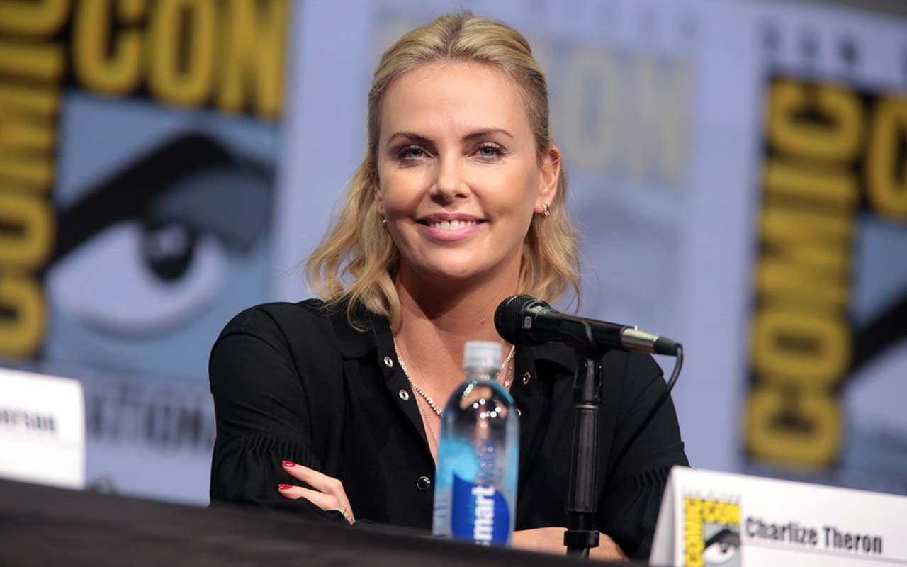 Charlize Theron, Hollywood, facts, life, survived, people