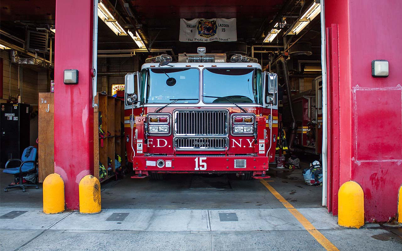 firetruck, facts, colors, red, firefighters, NYPD, New York Fire Department