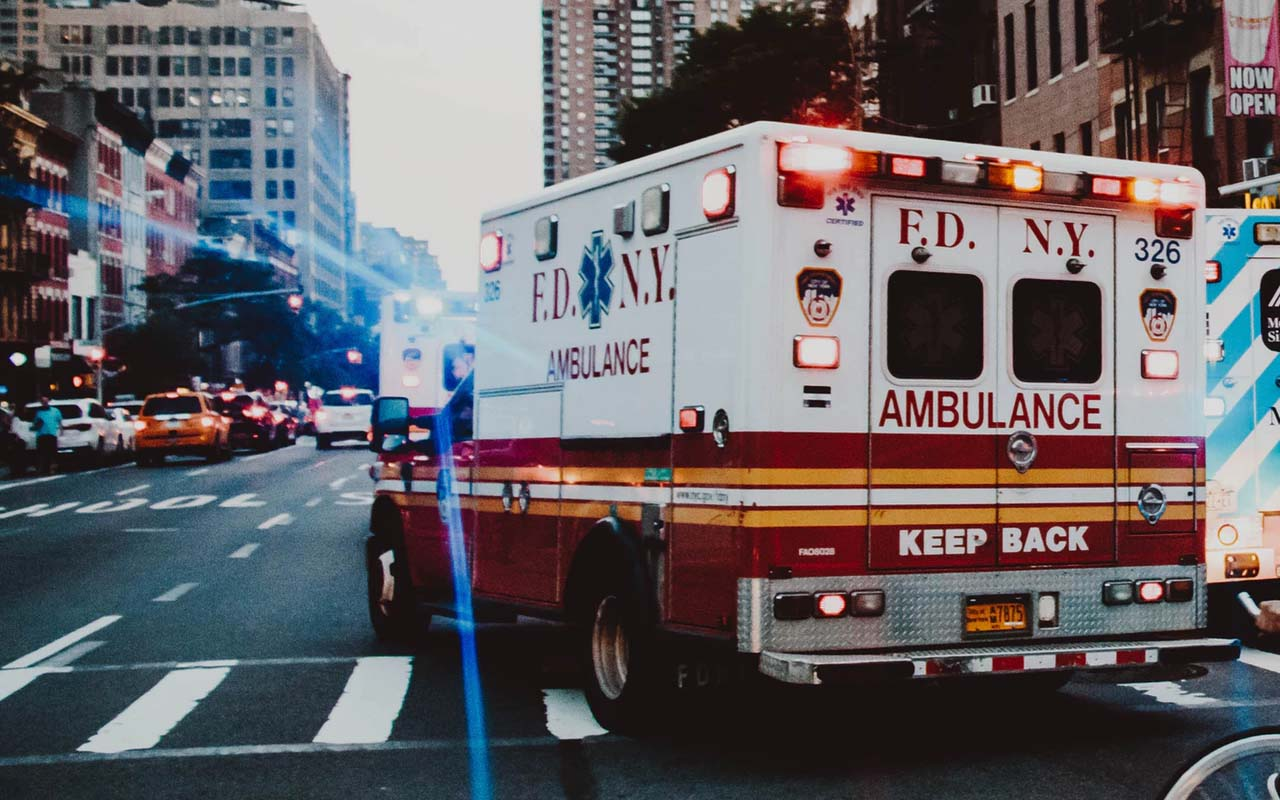 911, emergency, person, people, call, common, knowledge