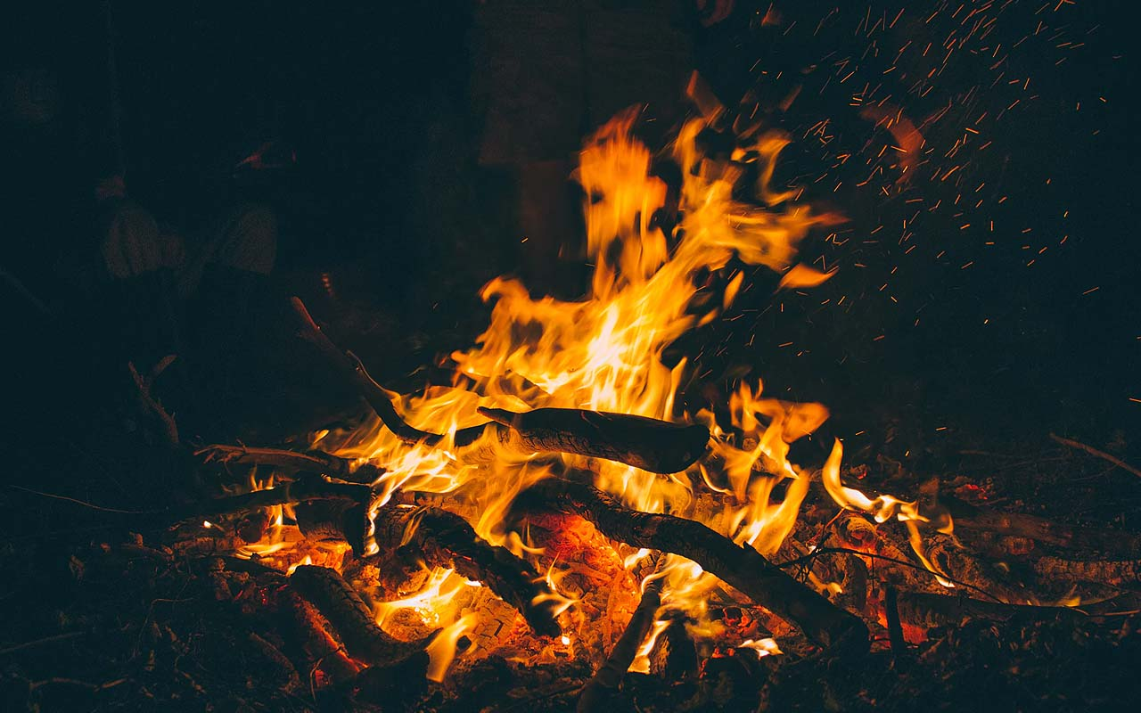 fire, cave, facts, life, wilderness, experts, heat, rocks, crumble