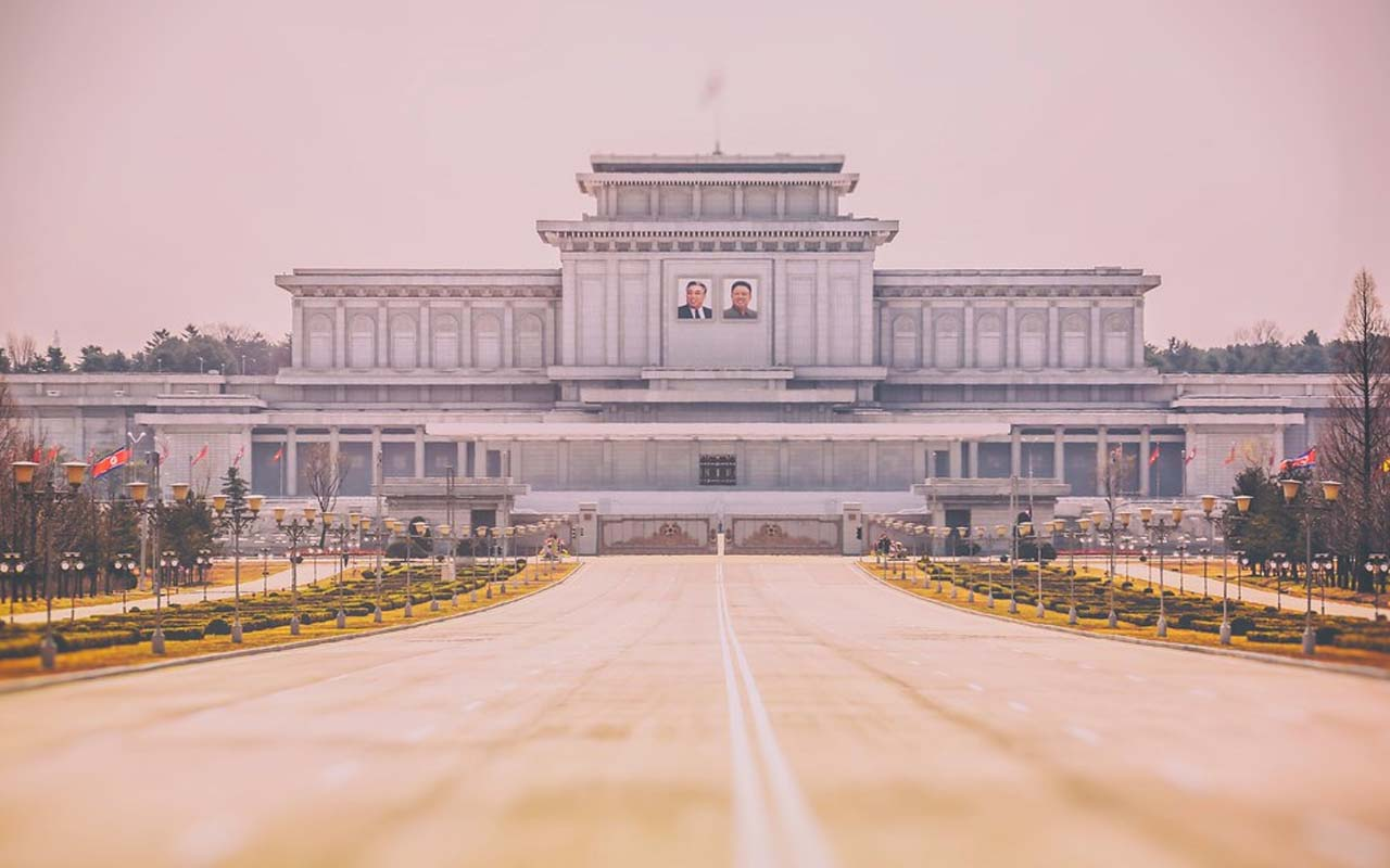 Kumsusan Palace of the Sun, North Korea, facts, people, life, photography, facts