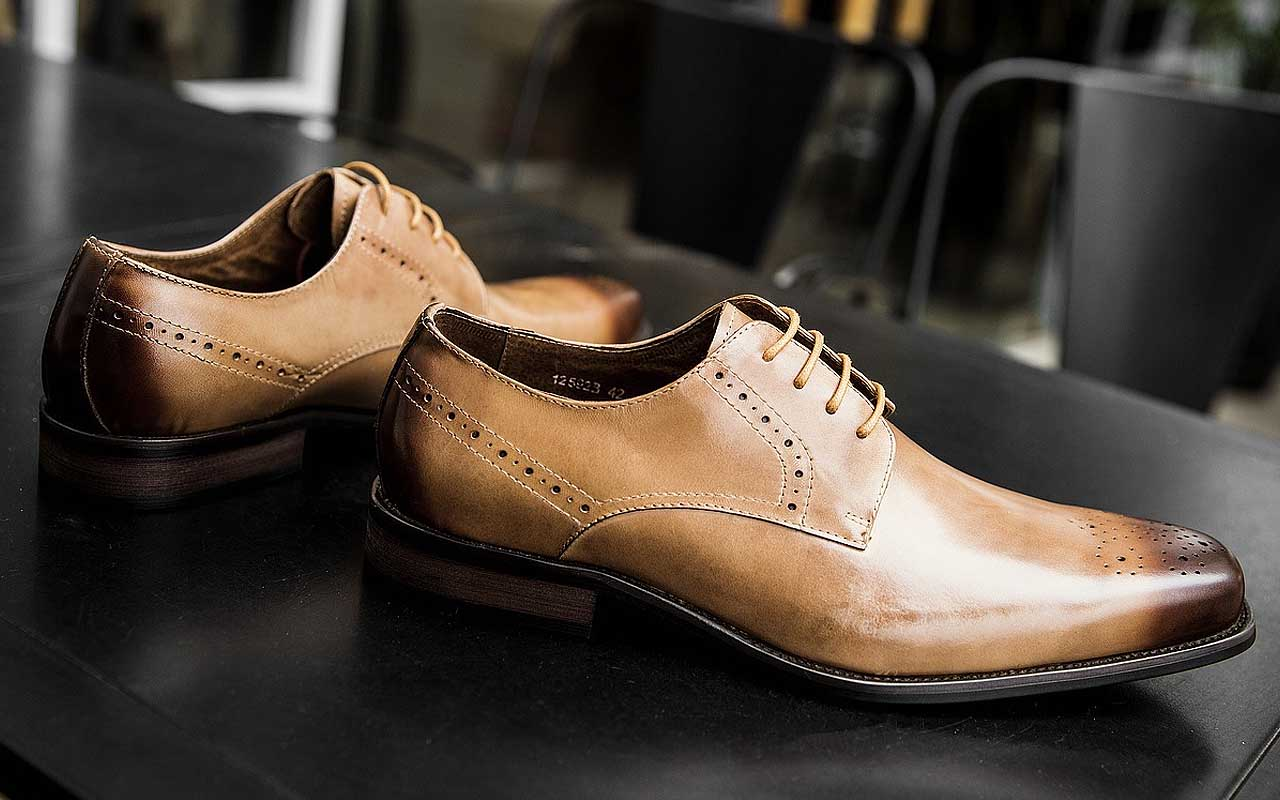 shoes, men, facts, science, history, life, people, fashion, Scotland, cattle