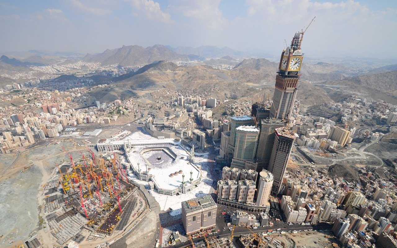 Abraj Al Bait, travel, facts, Dubai, clock tower, people, height, jittery, megalophobia