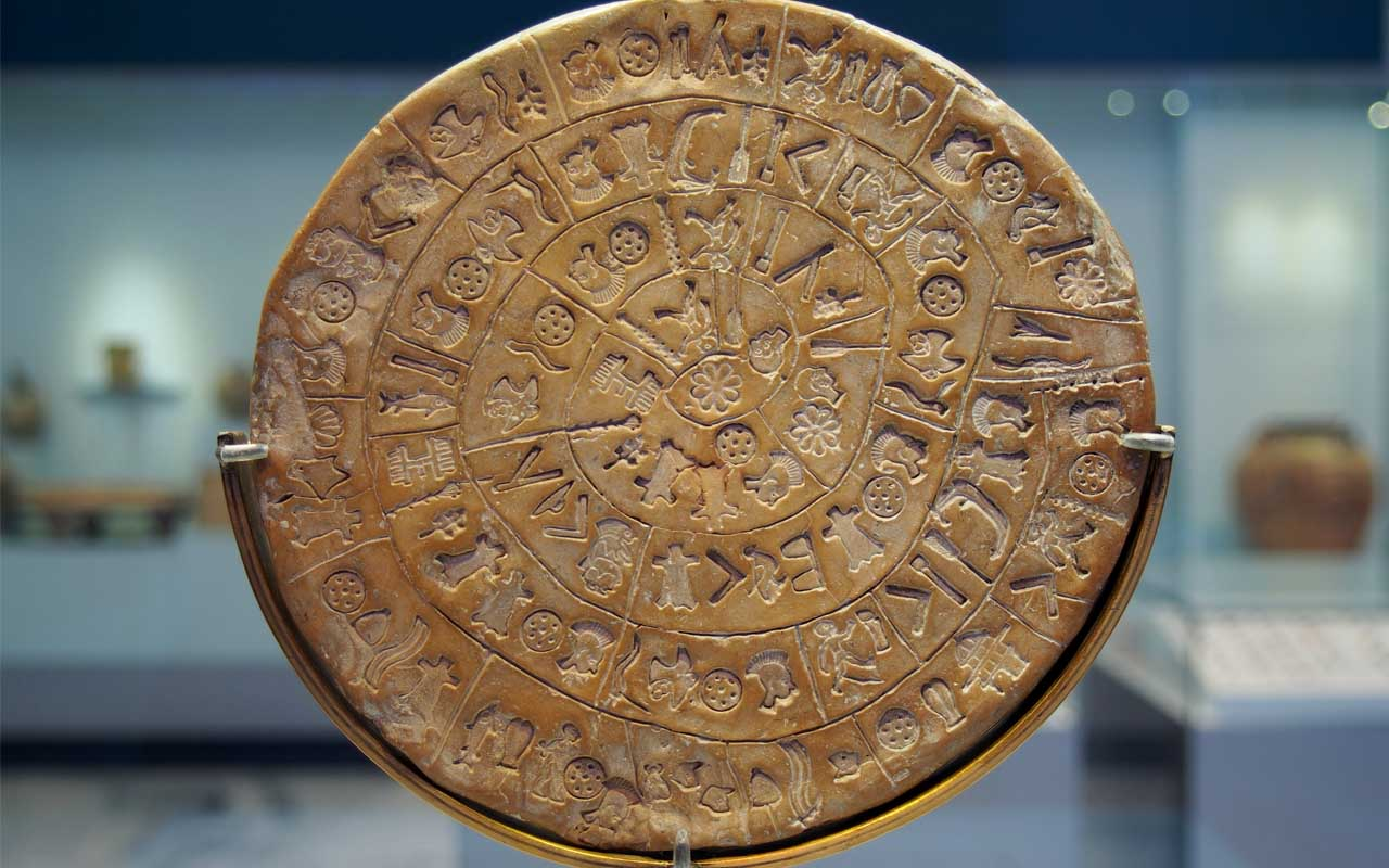 Phaistos disk, mysterious, ancient, facts, science, people, life, history, scientists