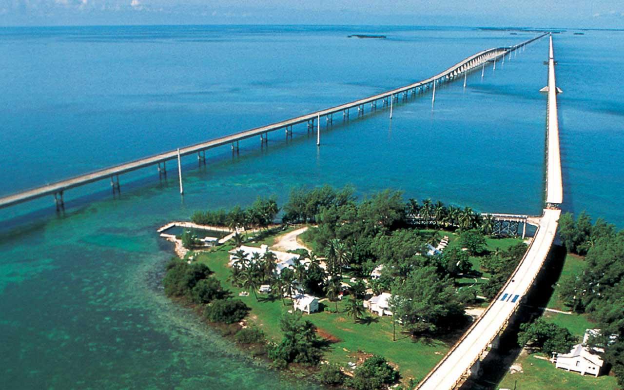 Seven mile bridge, Florida Keys, travel, road, people, facts