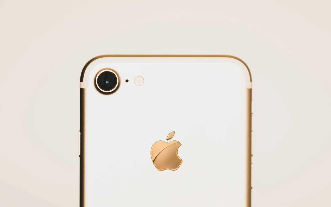 Apple, iPhone, Steve Jobs, life, history, facts, technology