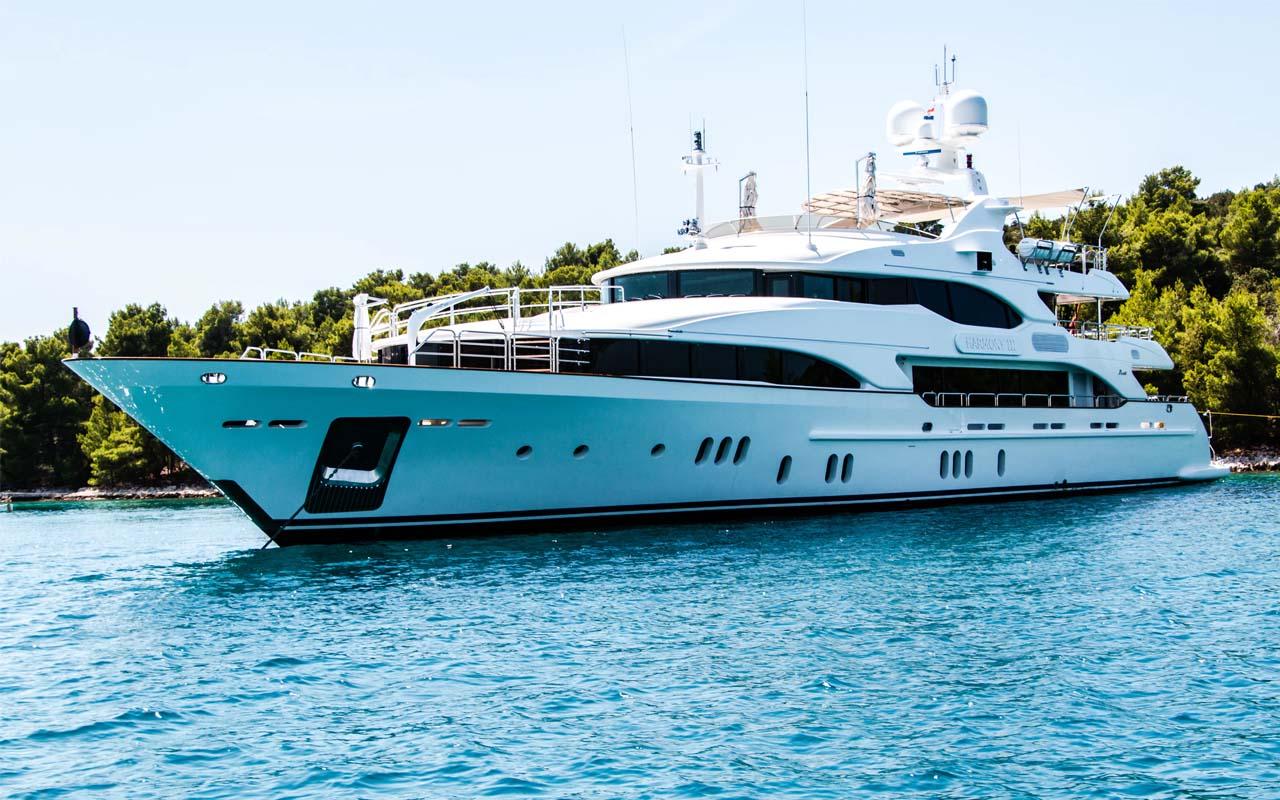 Yacht, Caribbean, cruise ship, facts, travel, ocean, adventure, life, celebs
