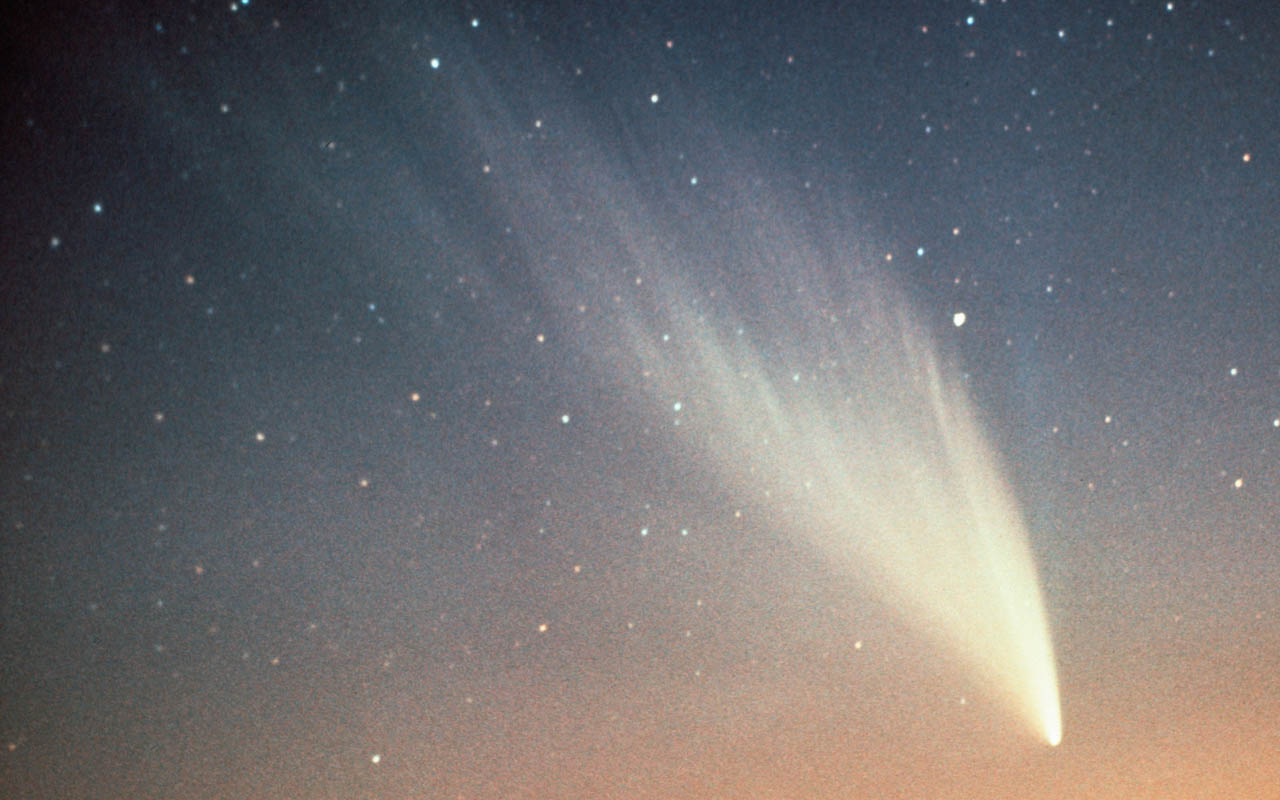 Comet West, facts, science, space, anomaly, astronomers