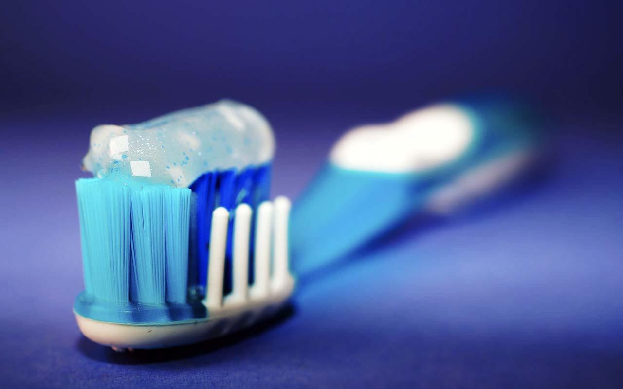 brushing, toothpaste, toothbrush, hygiene, life, morning