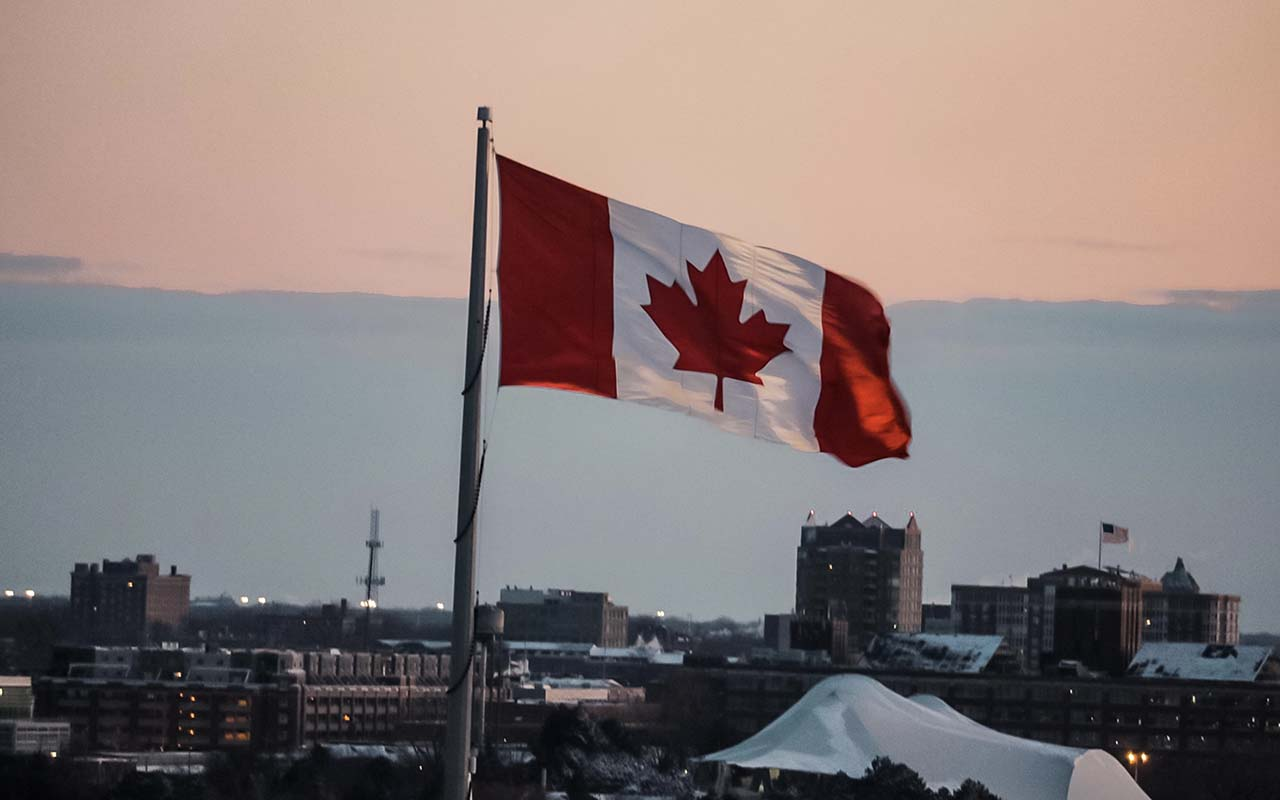Canada, California, population, people, rising, facts