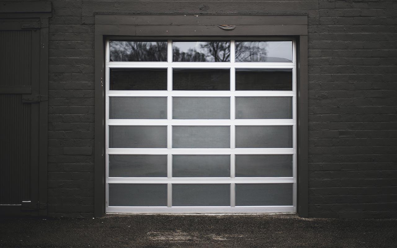 garage door, spring, dangerous, facts, science