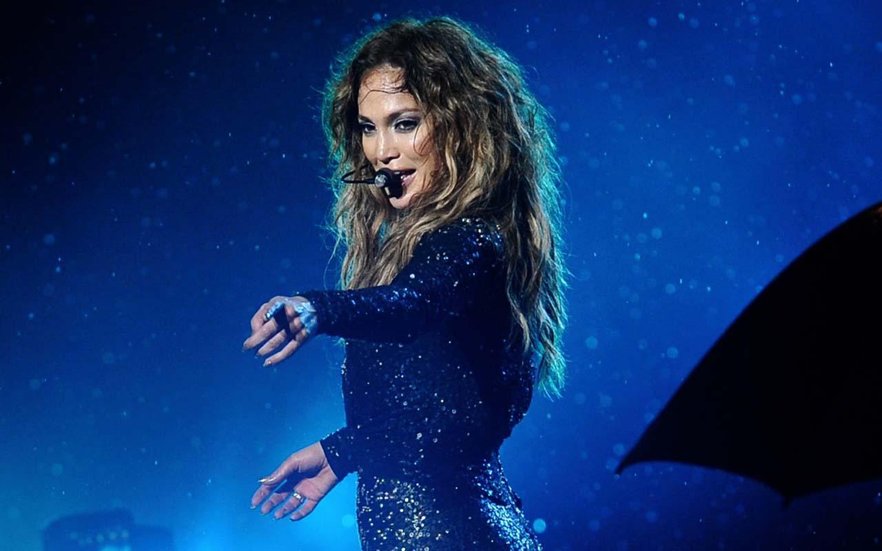 Jennifer Lopez, singer, songwriter, facts, celebrities,